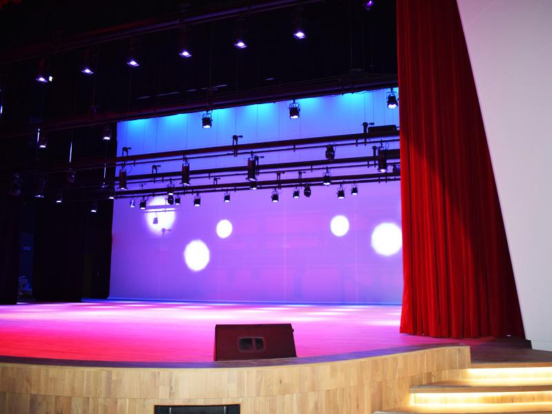 Swiss International Scientific School Dubai | Theatrical Rigging & Stage Rigging | Oasis Enterprises